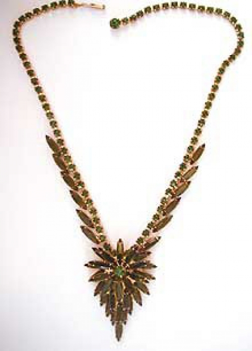 Newly Added DeLizza & Elster Green Navette Necklace