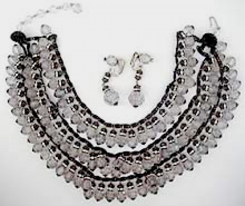 Newly Added Charlin Necklace Set