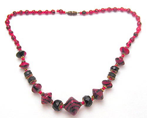 Newly Added Art Deco Red & Black Glass Bead Necklace