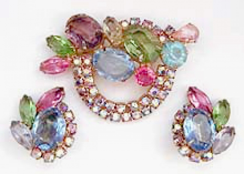 Newly Added Vintage Pastel Rhinestone Brooch Set