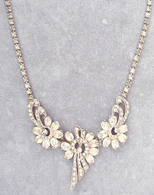 Newly Added Rhinestone Floral Necklace