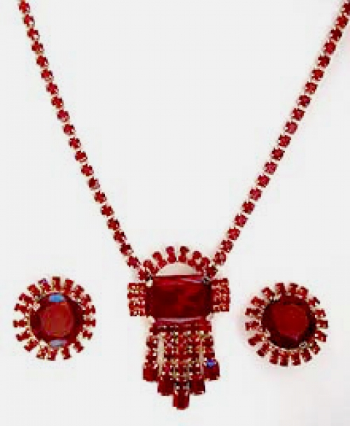 Newly Added Red Rhinestone Necklace Set