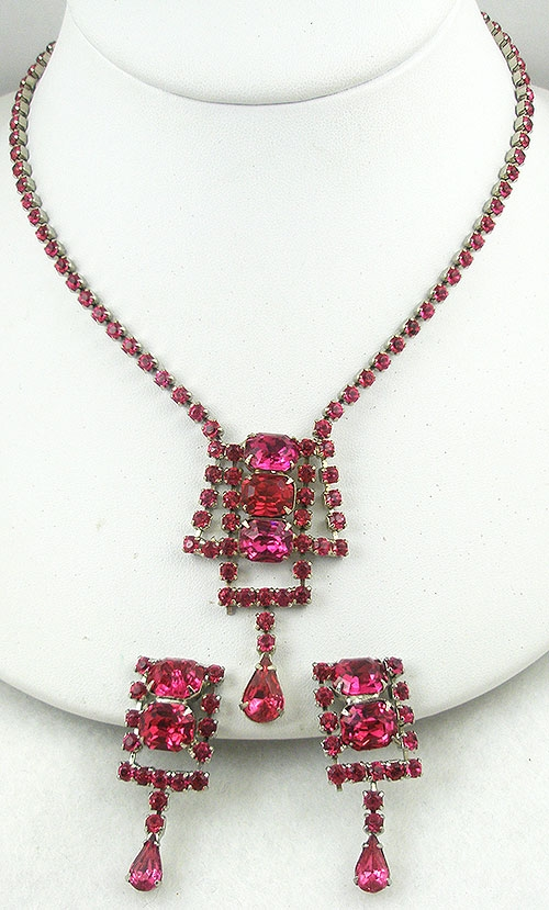 Newly Added Pink Rhinestone Necklace Set
