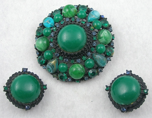Newly Added Japanned Green Cabochon Brooch Set