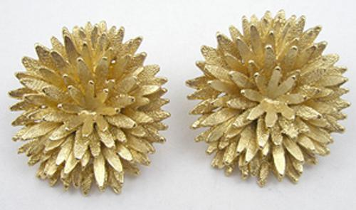 Newly Added Monet Chrysanthemum Earrings