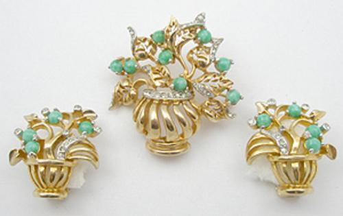 Newly Added Reja Gardenesque Brooch Set