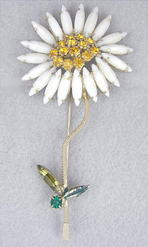 Weiss Flower Brooch Garden Party Collection Vintage Jewelry