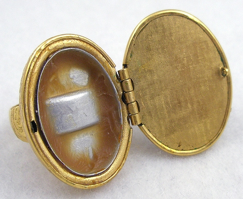 Avon Hematite Perfume Ring Garden Party Collection