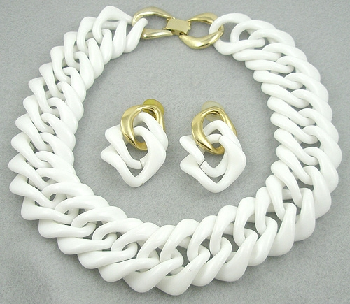 Newly Added White Chunky Chain Necklace & Earrings Set