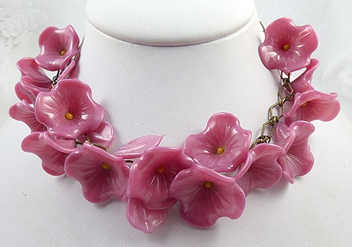 Newly Added Pink Glass Flowers and Leaves Necklace