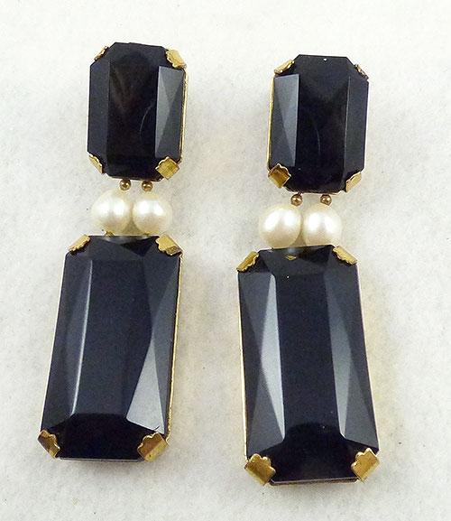 Newly Added Mariam Haskell Black Earrings