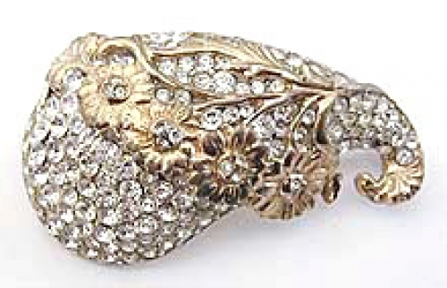 Newly Added Reja Rhinestone Brooch