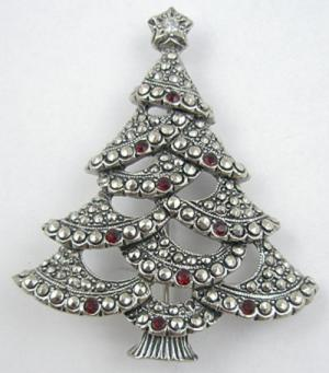 Avon Christmas Tree Brooch Garden Party Collection