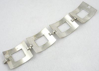 Description Vintage Mexican Sterling Silver Modernist Bracelet Made With Four Very Wide And Thick Square Links Simple Clean Lines Classic